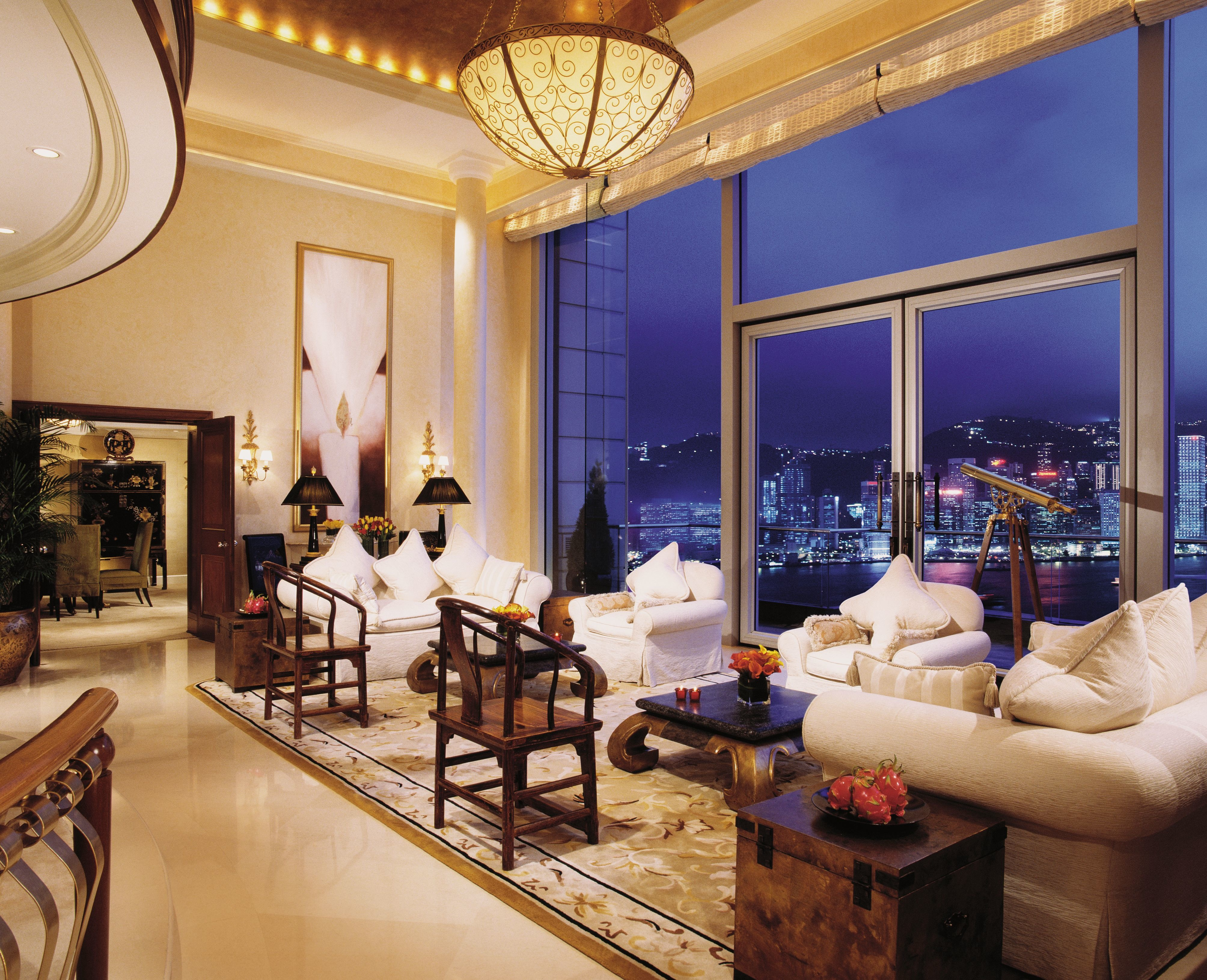 Suite Dreams Perfect Suites For The Royal Honeymoon